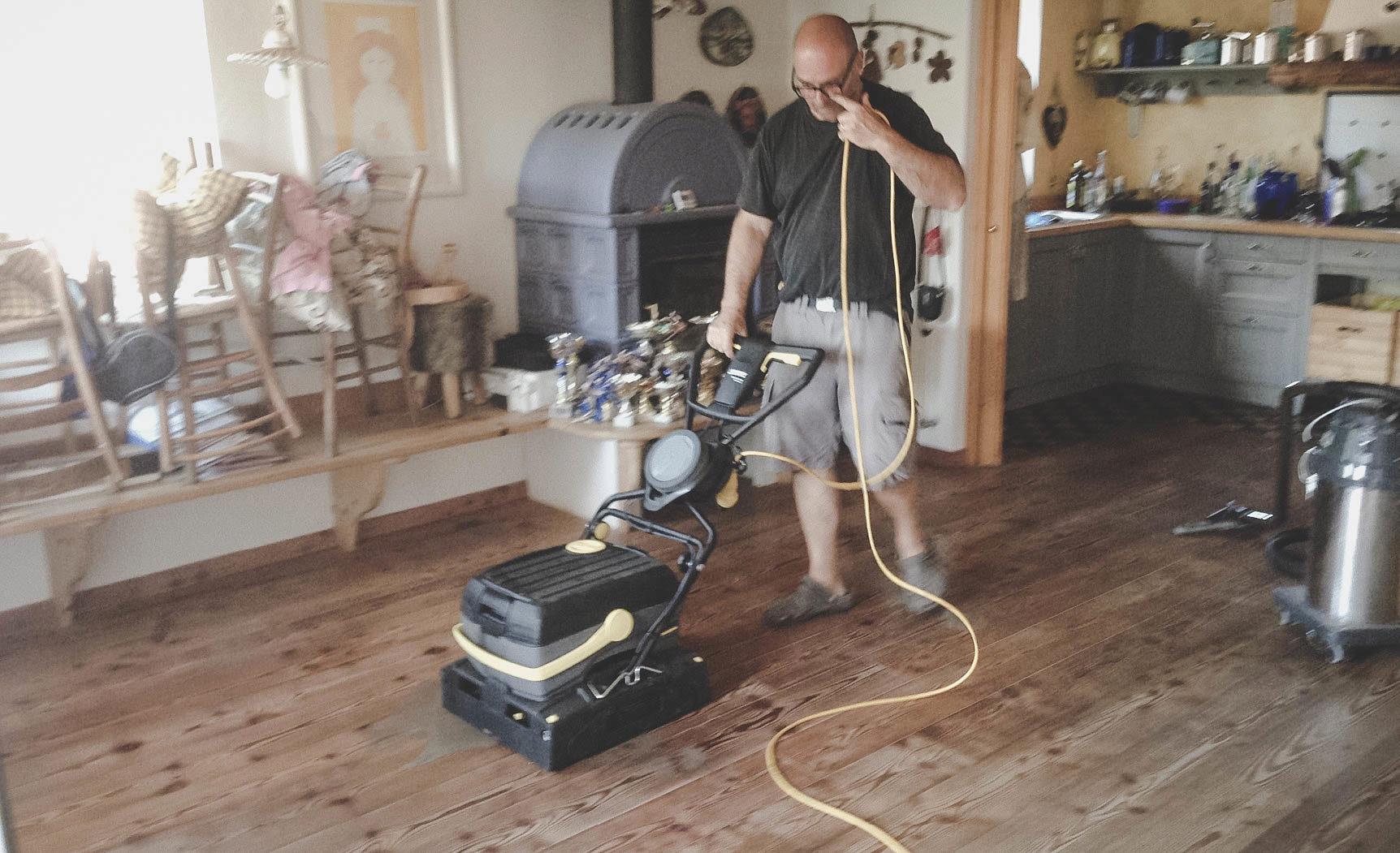 recupero e manutenzione pavimenti parquet